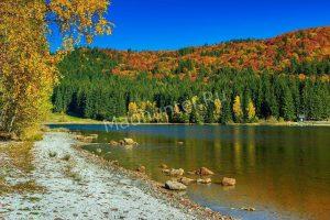 Рыбачим на озере в ноябре