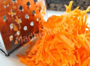 натираем морковь-min