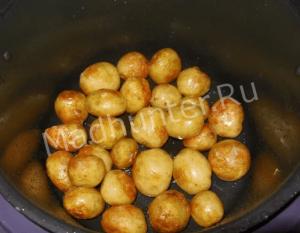 обжариваем картофель-min