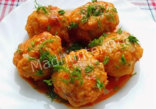 Тефтельки из быстрянки в томатном соусе-min