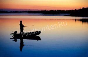 Браконьер, во время рыбалки, лишился всего своего снаряжения