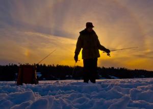 «Самоубийцы» - так в Таганроге называют любителей зимней рыбной ловли