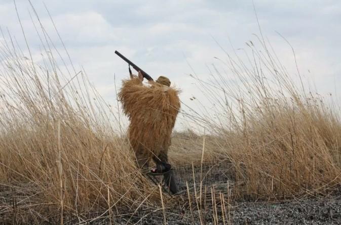 Депутат отпугивал животных самодельным оружием