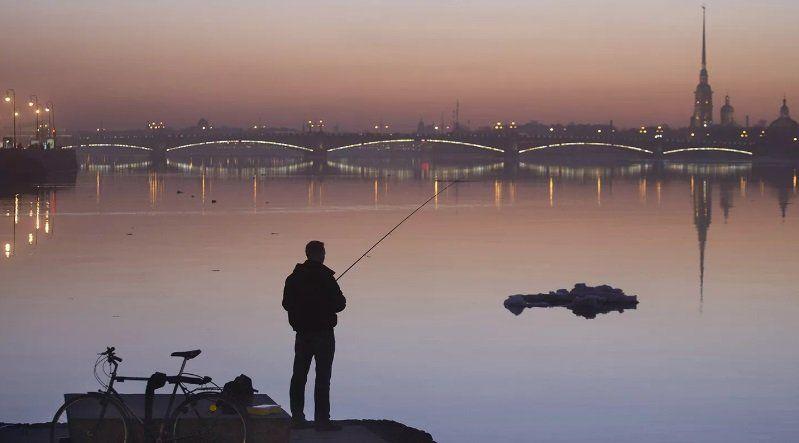 На водах Петербурга запрещена рыбалка