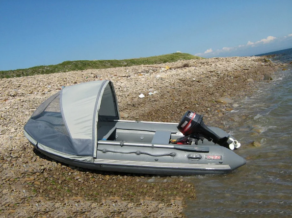 Охотник без вести пропал после того, как перевернулась лодка
