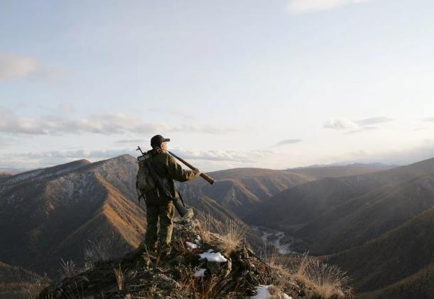 Алтайским охотникам власти не дают спокойно охотиться