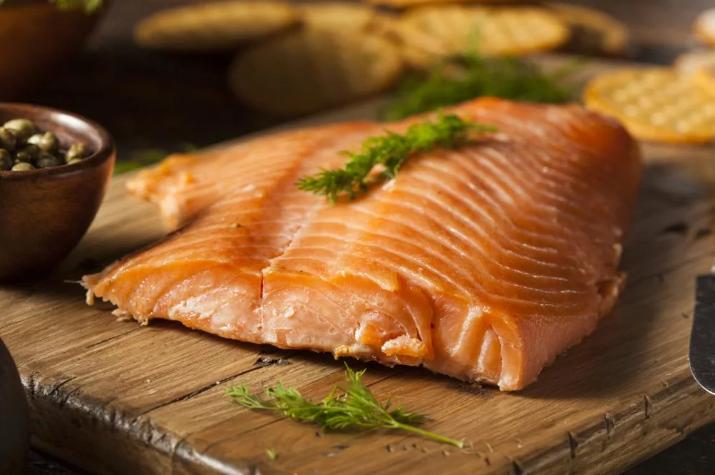 Копченая рыба: какую рыбу стоит коптить