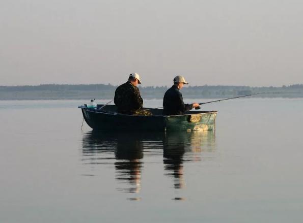 Погибли три рыбака во время рыбалки в Архангельске
