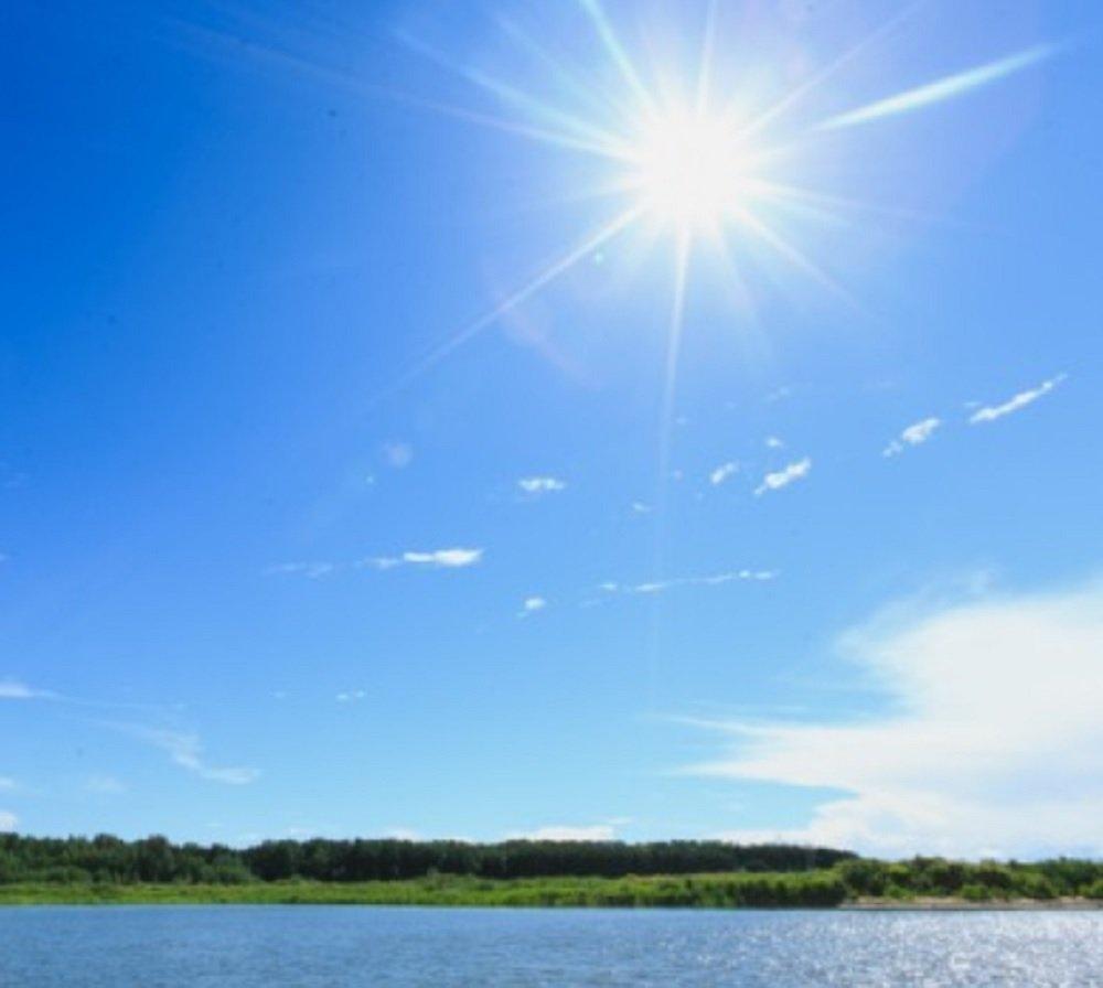 Рыбалка днем в жару в летние месяцы