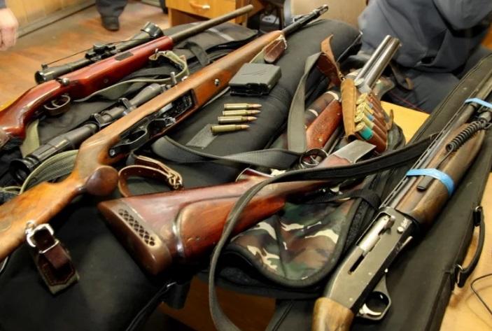 Охотник из Кубани заплатил по счета оружием