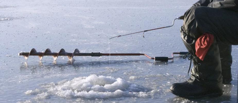 Омский рыбак провалился под лед и, к сожалению, погиб