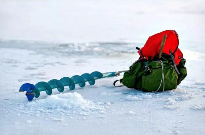 Идем на зимнюю рыбалку: что стоит взять с собой