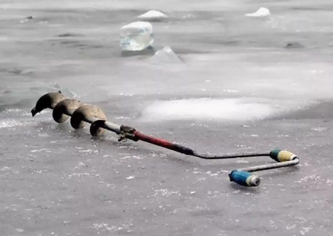 Рыбак во время рыбалки под Астраханью замерз насмерть