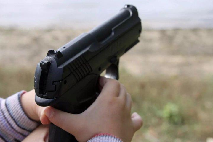 В Приморском крае из ружья стрелял ребенок и застрелил другого ребенка