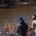 Рыбаки спешат на водоемы за сорогой и судаком