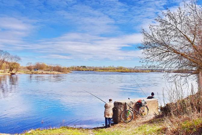 Рыбакам из Курска предлагают отказаться от рыбалки на некоторое время