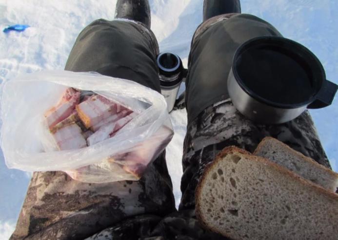 Еда у лунки: что взять с собой, чтобы было сытно, тепло, а главное – вкусно