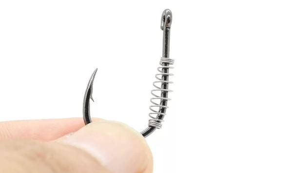 Пружинка на крючке – интересное приспособление! Но для чего нужна? Разберемся