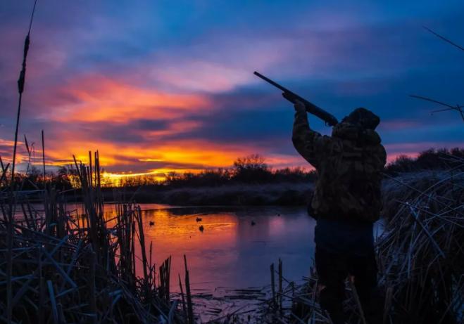 Охотник во время охоты убил своего товарища