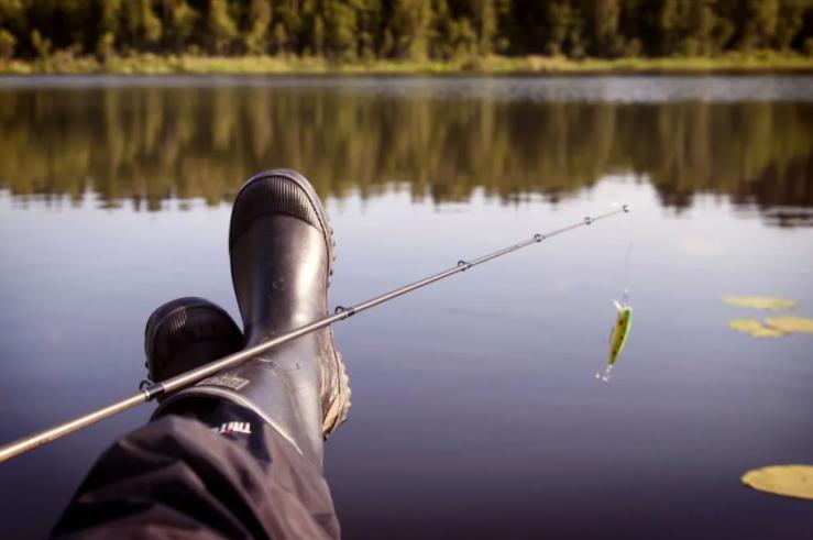 Рыбалка летом не обойдется без знания примет
