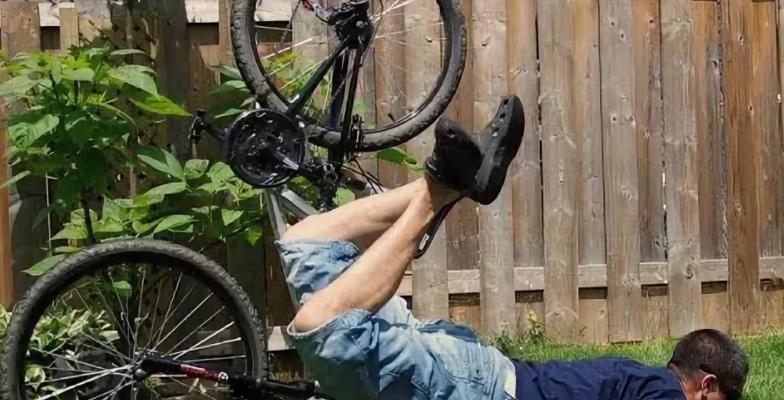 Рыбак решил приобрести себе велосипед для рыбалки, путем кражи