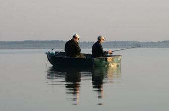 Рыбак из Новосибирска спас своего товарища, который выпал из лодки
